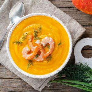 Gulerodssuppe med rejer